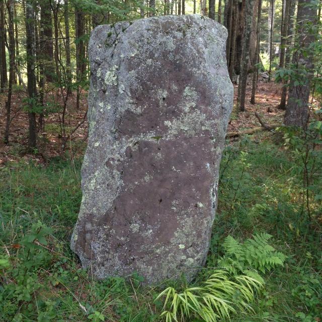 07 resistence Standing stone IMG_6593